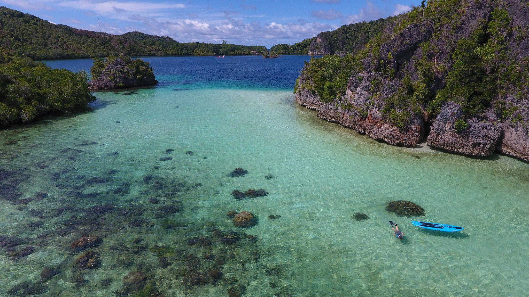 indonesia-ask-julie-snorkeling-liveaboard-raja-ampat