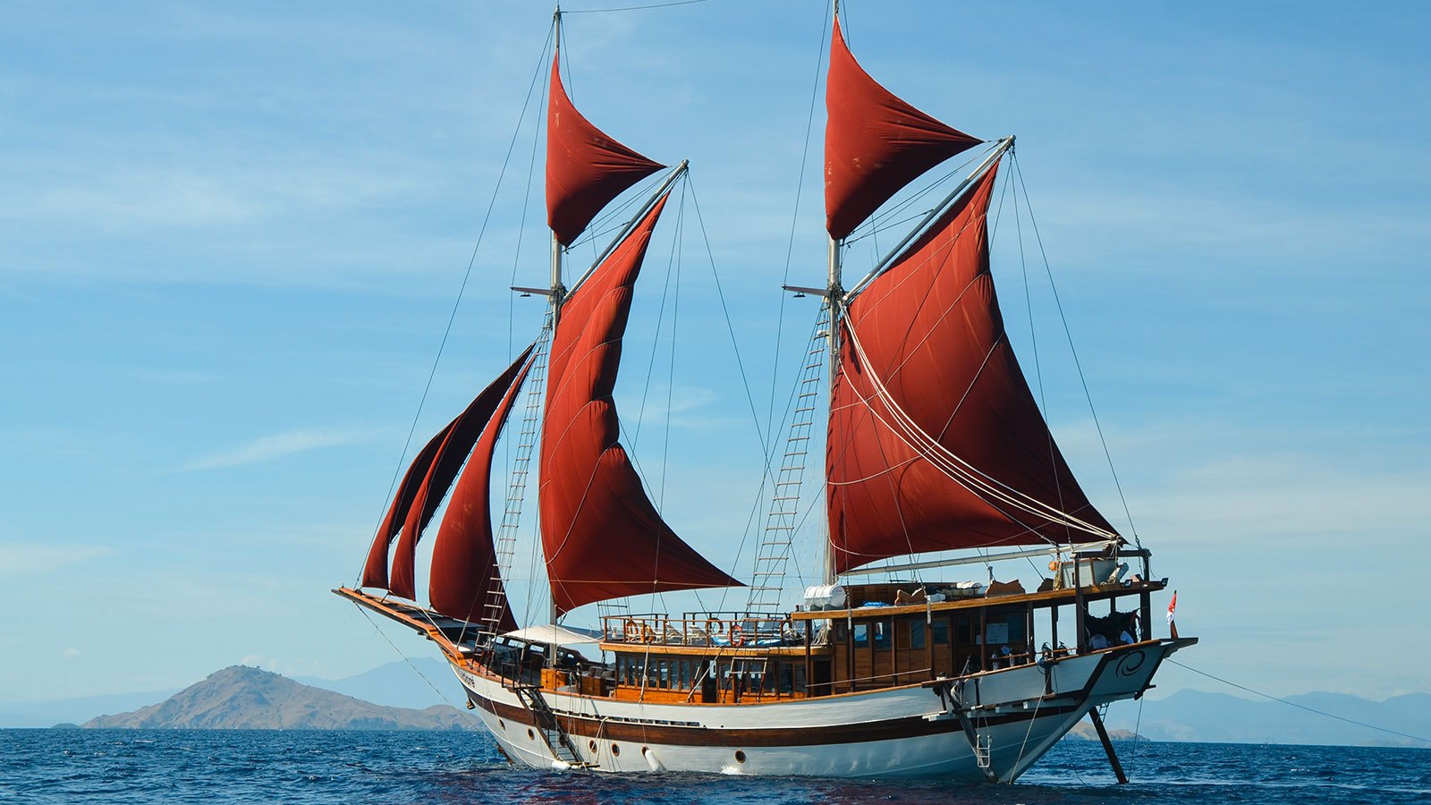 The Tiarè Liveaboard
