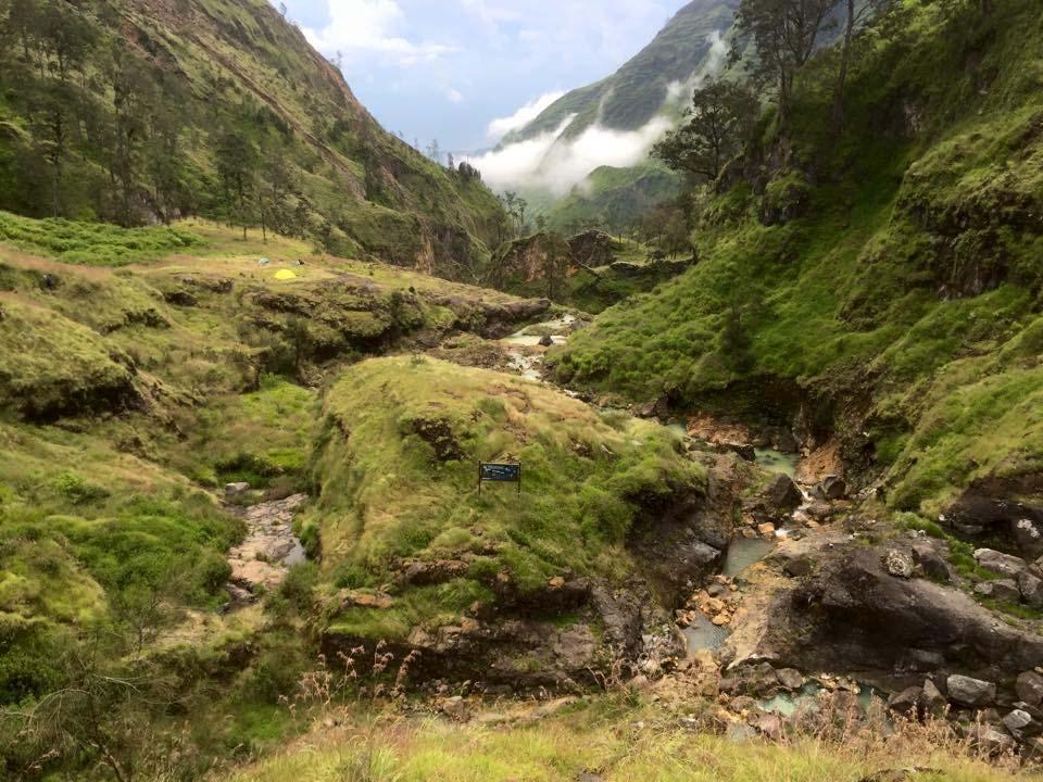 Rinjani Volcano Trekking