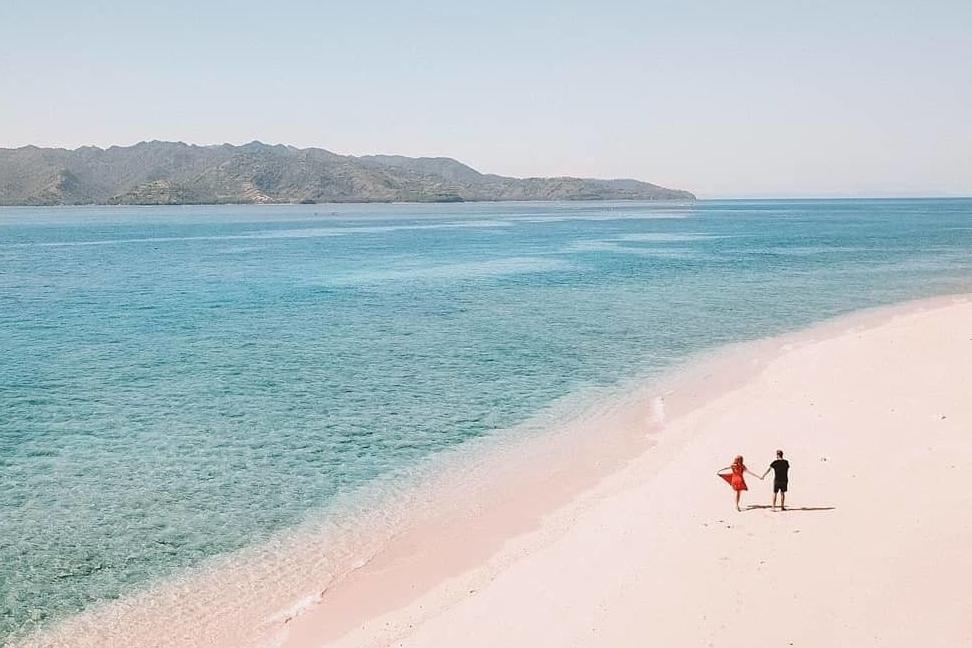 honeymoon indonesia